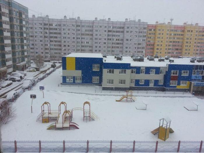 В Новом Уренгое выпал снег