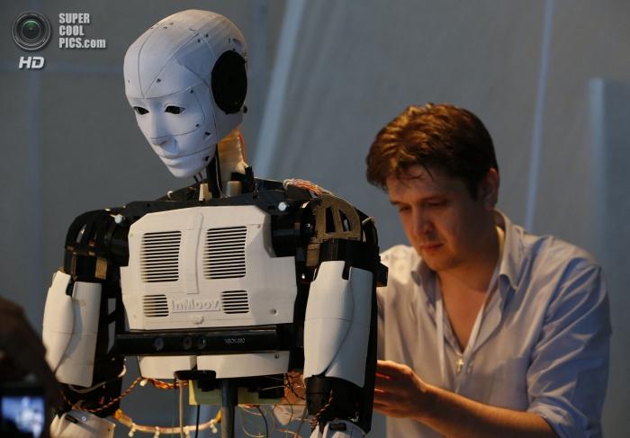 Бал роботов в Москве