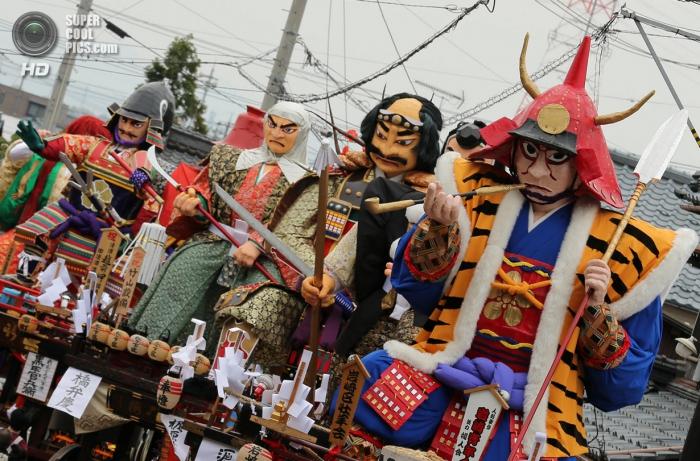 Японский фестиваль гигантских кукол