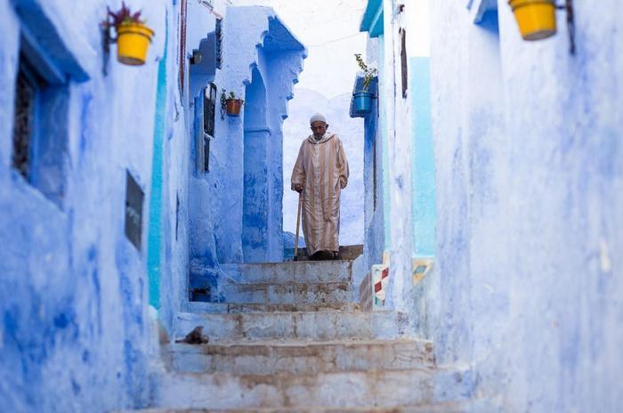 Прогулка по синему городу - 6