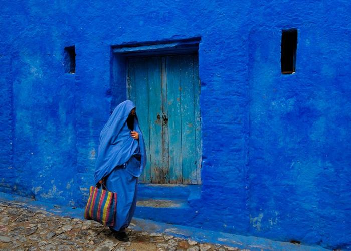 Прогулка по синему городу - 16