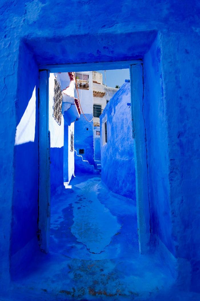 Прогулка по синему городу - 12