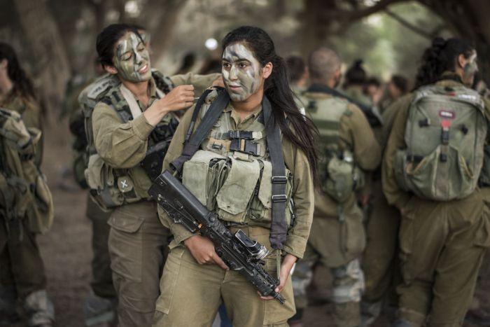 Девушки в израильской армии