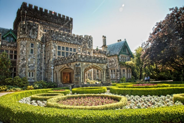 Замок Хэтли в Канаде