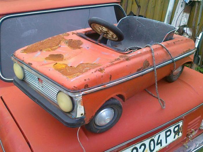 Реставрация детской машины «Москвич»