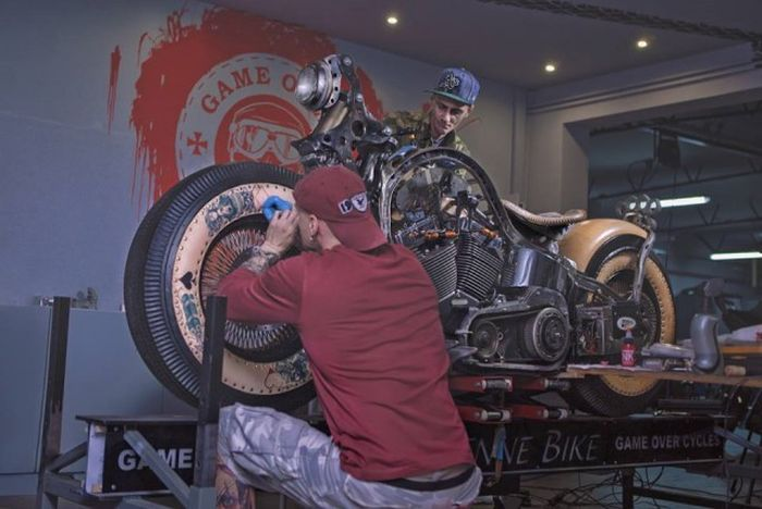 мотоцикл Recidivist