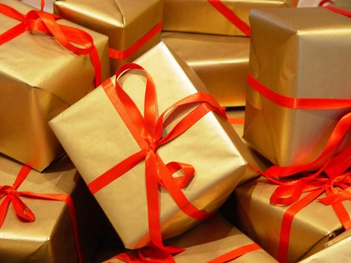 Оригинальные и практичные новогодние подарки