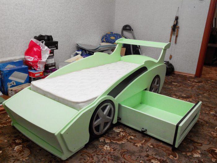 Как сделать детскую кровать машину своими руками с инструкцией и фото