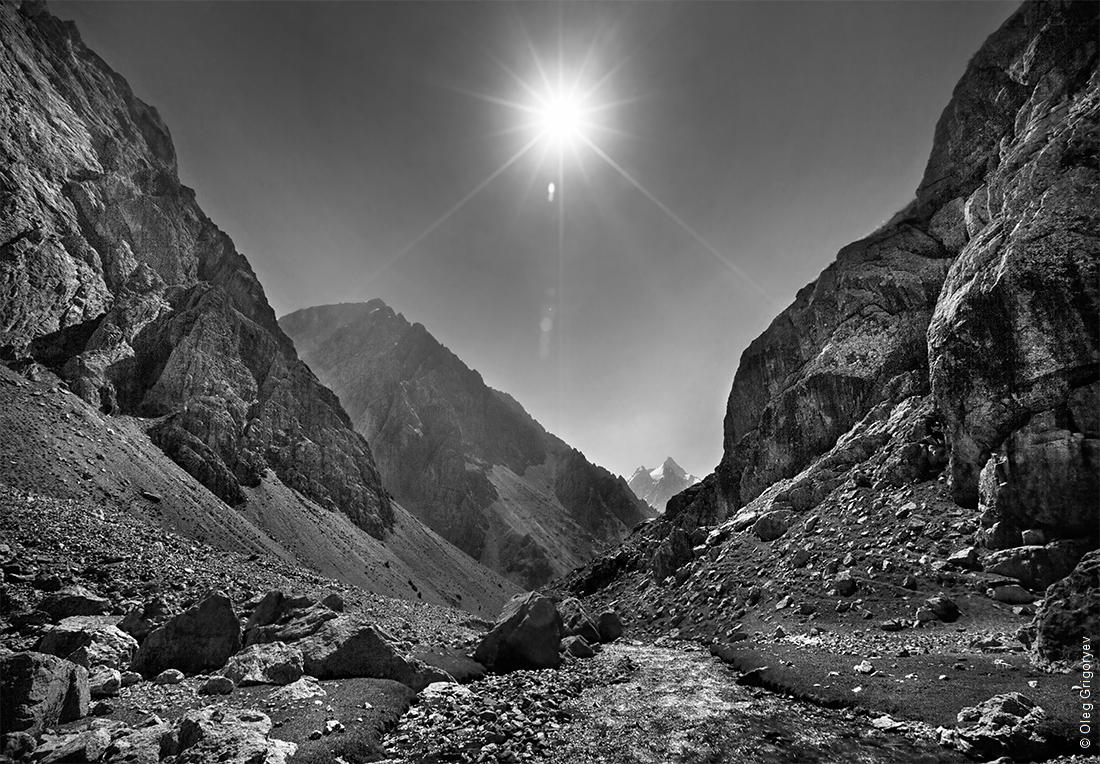этом сообщается уральские горы картинки черно белые подобного