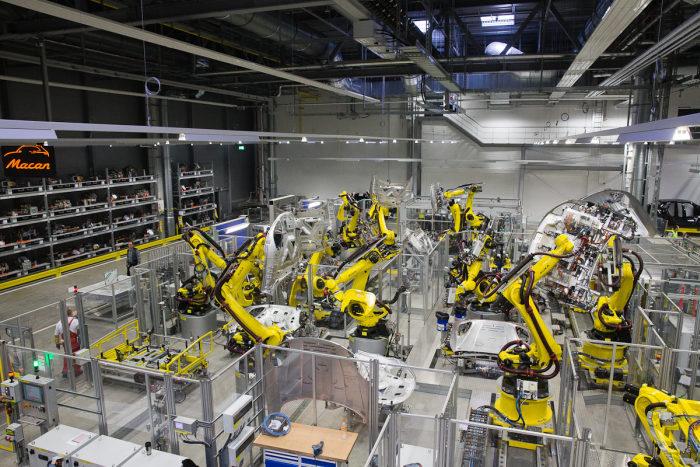 Фотоэкскурсия по заводу Porsche в Лейпциге
