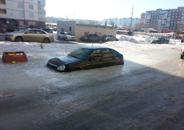 Неудачно припарковал авто