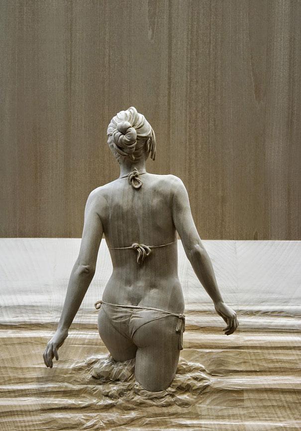 реалистичные деревянные скульптуры