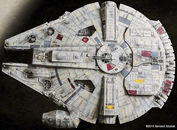 Бумажный космический корабль «Тысячелетний сокол»