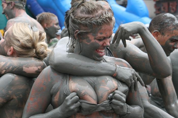 Самые безумные фестивали нашего времени