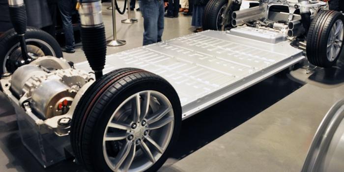 Из чего состоит аккумулятор электромобиля Tesla Model S?