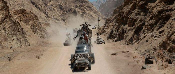 Графические эффекты в боевике «Безумный Макс: Дорога ярости»