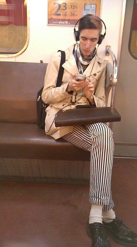 Смешные фото метро спб