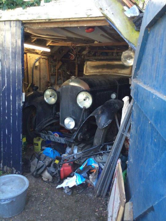 Bentley 1929 года найденный в гараже среди хлама