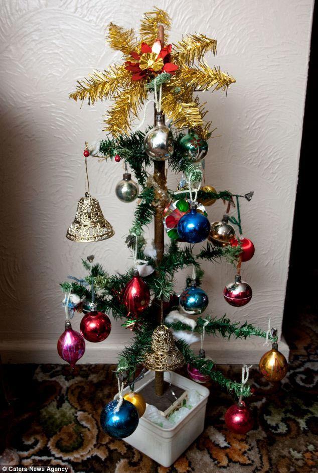 Самые худшие самодельные новогодние ёлки и украшения