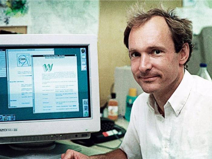 Каким был интернет 25 лет назад