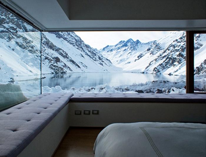 Уютные спальни с чарующими зимними видами из окна