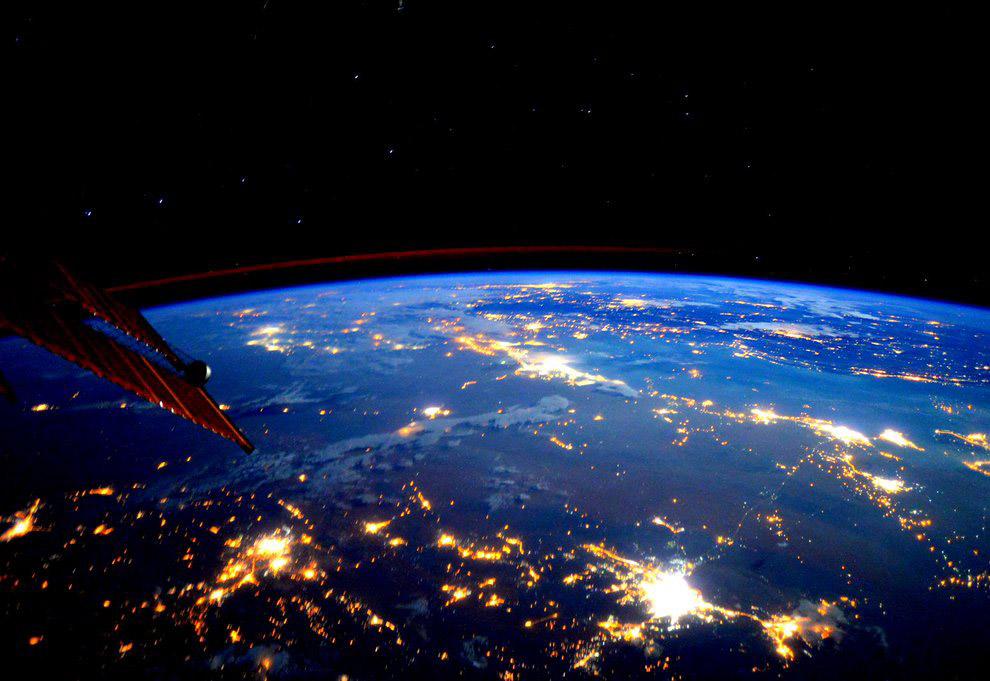 Покажи картинки из космоса вяжется