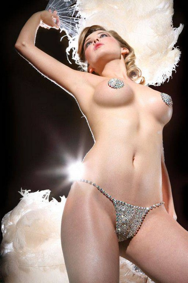 burlesk-eroticheskoe-shou