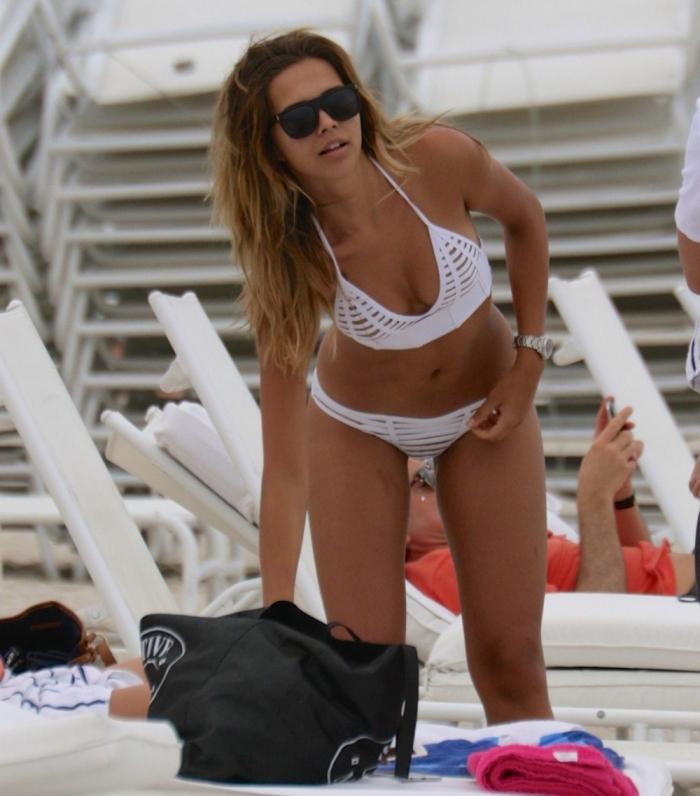 Сандра Кубика на отдыхе в бикини