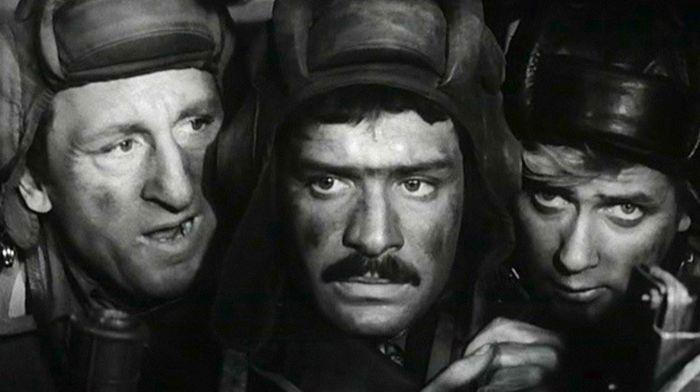 Герои сериала «Четыре танкиста и собака» тогда и сейчас