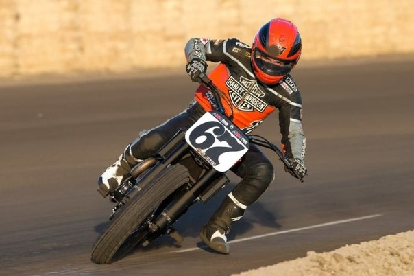 Гоночный мотоцикл от легендарного бренда