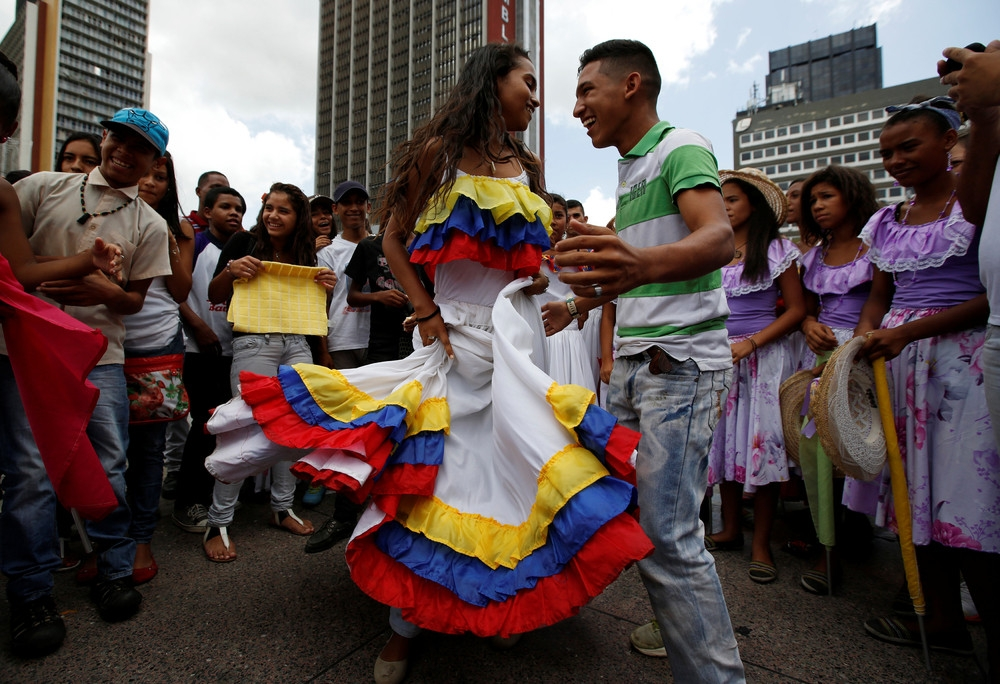 venezuelan people 2020 - 1000×684