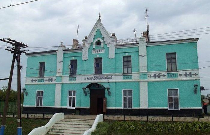 Реконструкция старого вокзала в поселке Милославское
