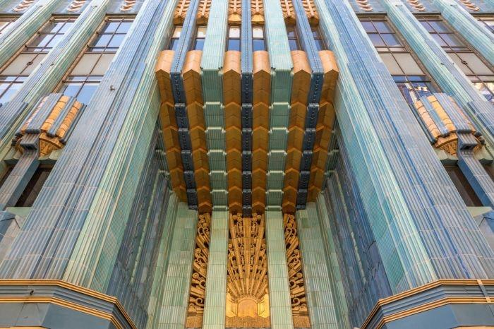 Джонни Депп выставил на продажу арт-пентхаус за 12,78 млн долларов
