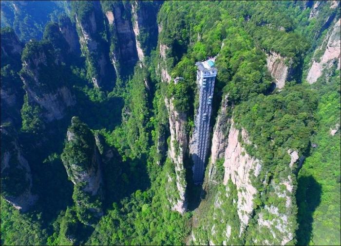 Лифт Ста Драконов - самый высокий лифт в мире + (видео)