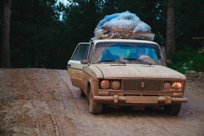 Четверо россиян проехали 12 стран Европы и Африки на старой «шестерке»