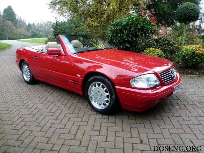 В Великобритании продается Mercedes-Benz SL 500, простоявший в гараже 20 ле ...
