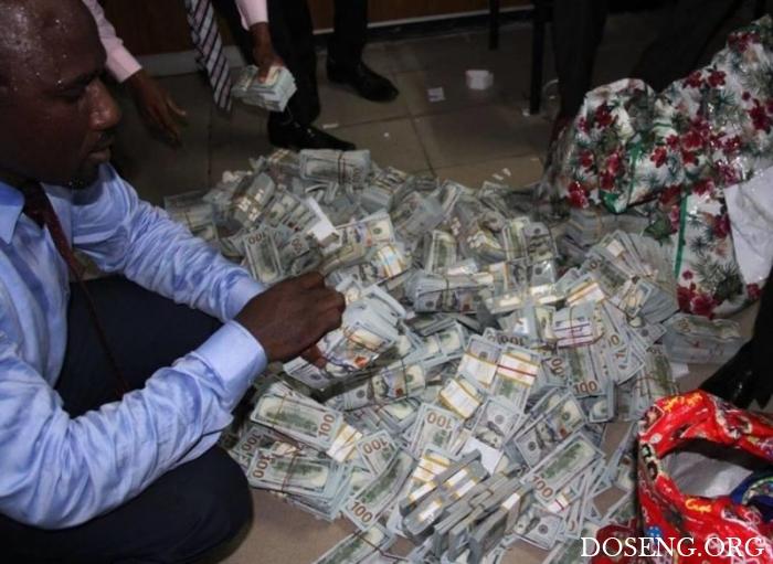 В Нигерии в нежилой квартире обнаружили 43 миллиона долларов