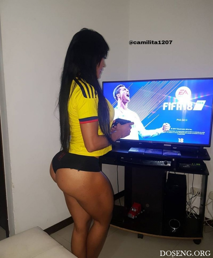 Абсурдная задница бразильской модели Алехандры Гил