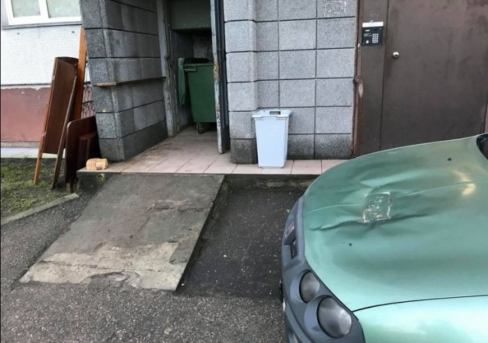 В Латвии тоже наказывают за неправильную парковку