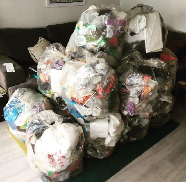 Пластиковый мусор, накопившийся в течение года