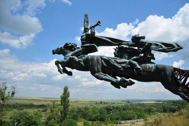 Что стало с величественным памятником Гражданской войны во Львовской области