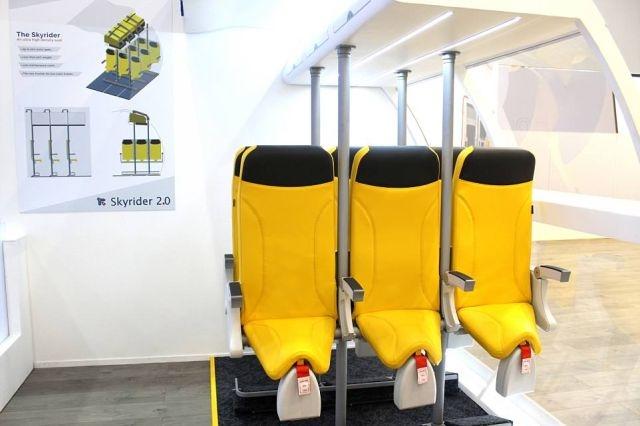 Итальянцы разработали стоячие кресла для самолетов