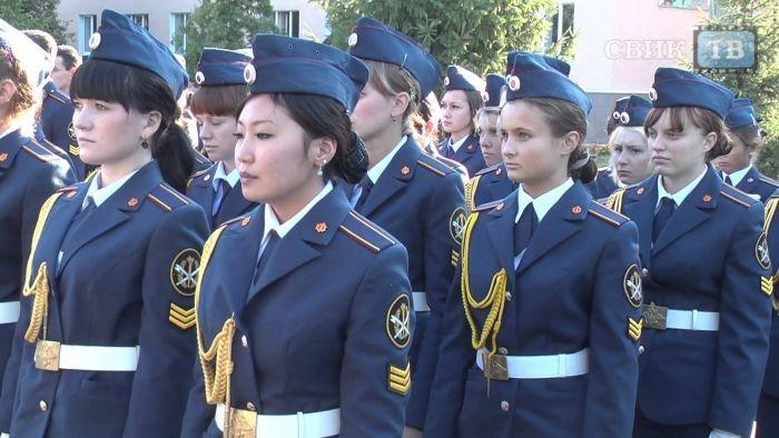 Прекрасная половина служащих МВД, МЧС и ФСИН