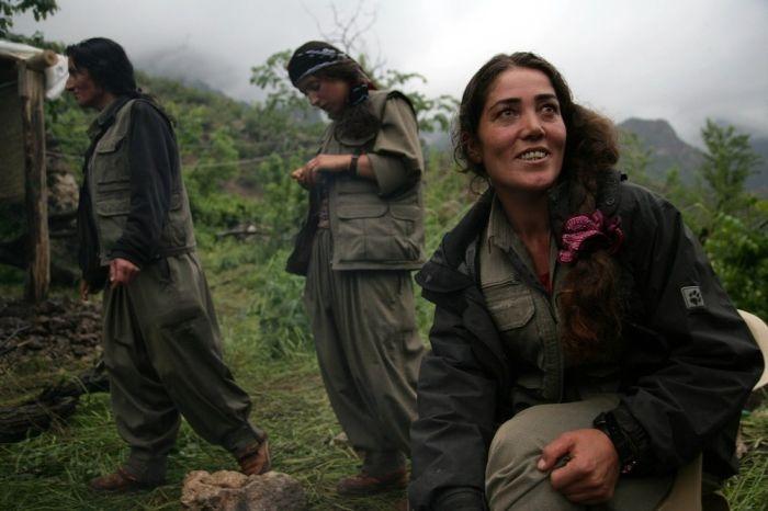 Курдские женщины-бойцы