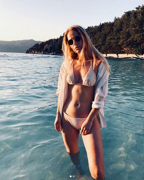 Турецкий отель запретил туристке из России публиковать снимки в бикини