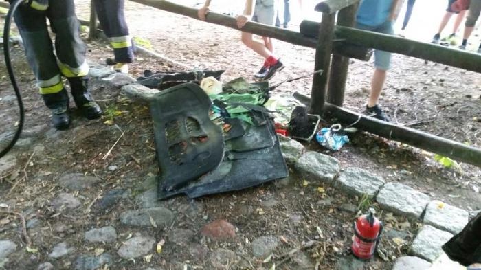 Любитель шашлыка засунул в багажник авто неостывший мангал