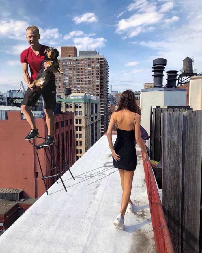 Максим из Новосибирска «зажигает» с Эмили Ратаковски