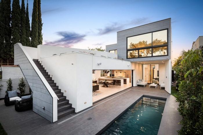 Семейный дом с садом на крыше в Лос-Анджелесе