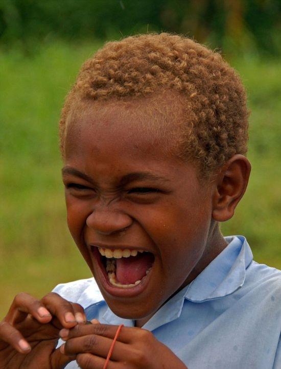 Жители Соломоновых островов с необычной внешностью