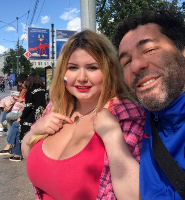 Болельщица с самым внушительным размером груди на Чемпионате мира 2018